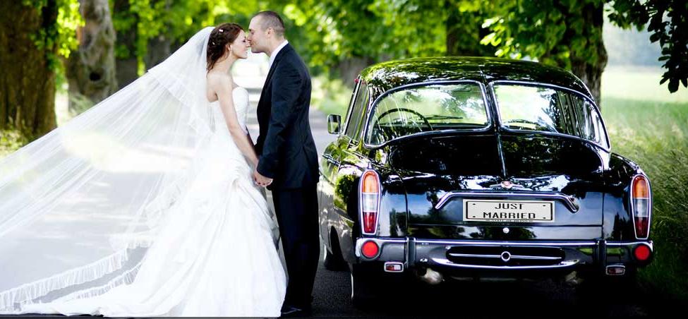 location de voiture pour mariage nos conseils pour choisir le bon v hicule. Black Bedroom Furniture Sets. Home Design Ideas